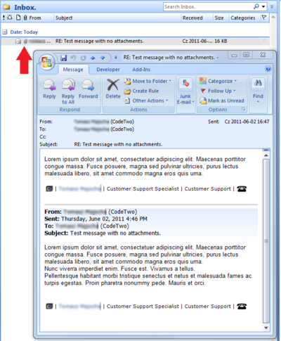 Email with no attachments is displayed with the paperclip icon